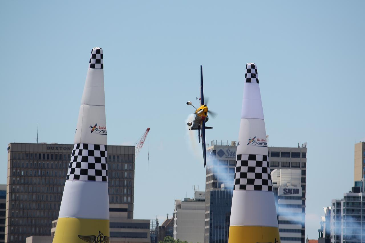 Video: Golfista Fowler si vyzkoušel Red Bull Air Race